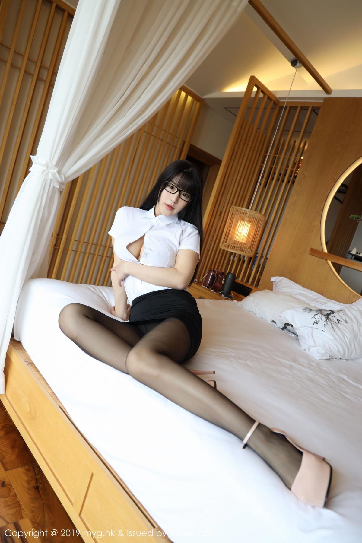 [MyGirl] Vol.368 Zhu Ke Er 16P, Black Silk, mygirl, Tall, Uniform, Zhu Ke Er