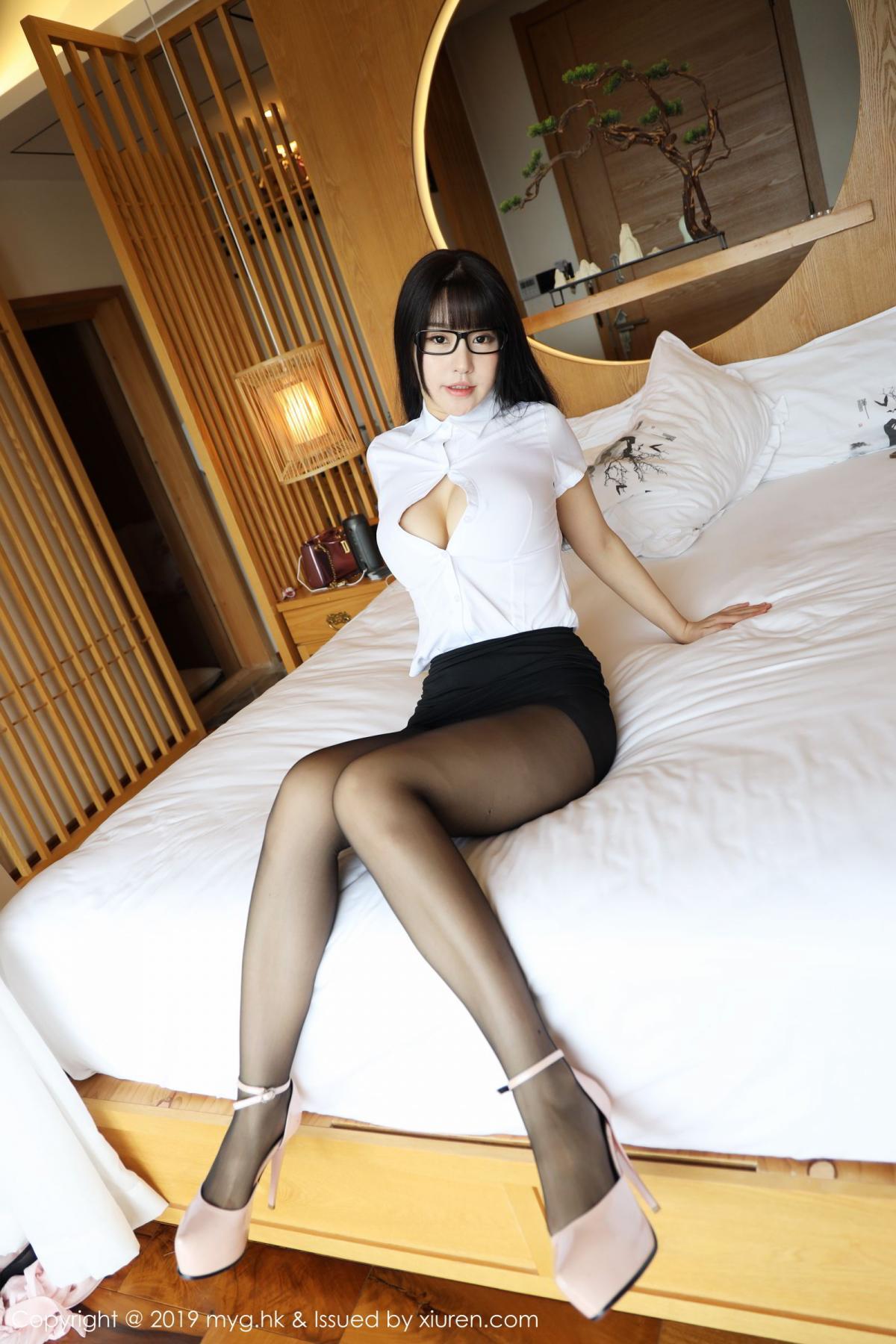 [MyGirl] Vol.368 Zhu Ke Er 24P, Black Silk, mygirl, Tall, Uniform, Zhu Ke Er