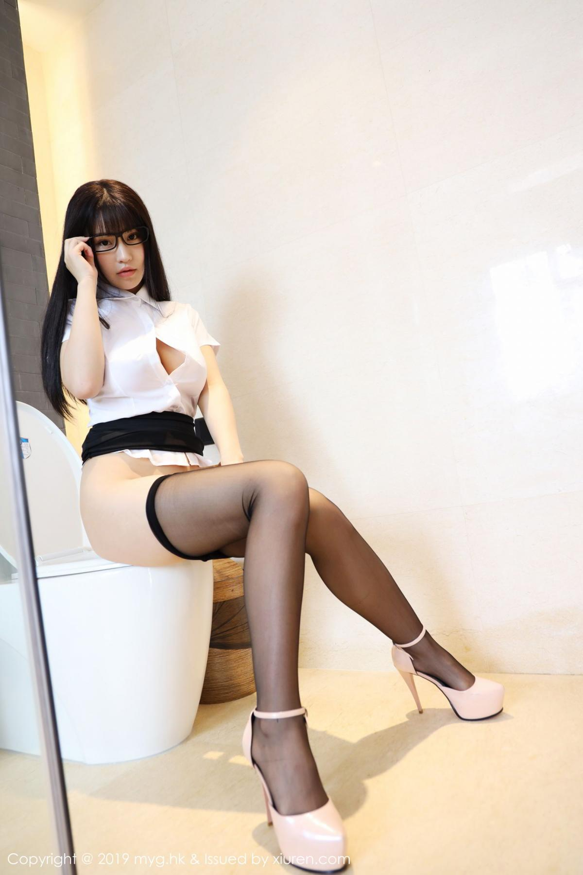 [MyGirl] Vol.368 Zhu Ke Er 50P, Black Silk, mygirl, Tall, Uniform, Zhu Ke Er