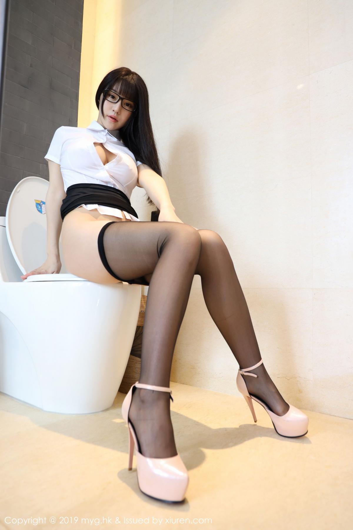 [MyGirl] Vol.368 Zhu Ke Er 51P, Black Silk, mygirl, Tall, Uniform, Zhu Ke Er