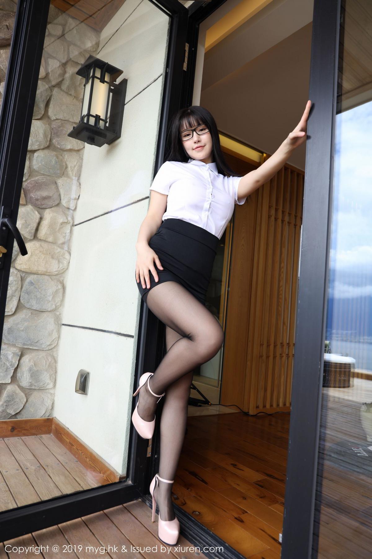 [MyGirl] Vol.368 Zhu Ke Er 66P, Black Silk, mygirl, Tall, Uniform, Zhu Ke Er