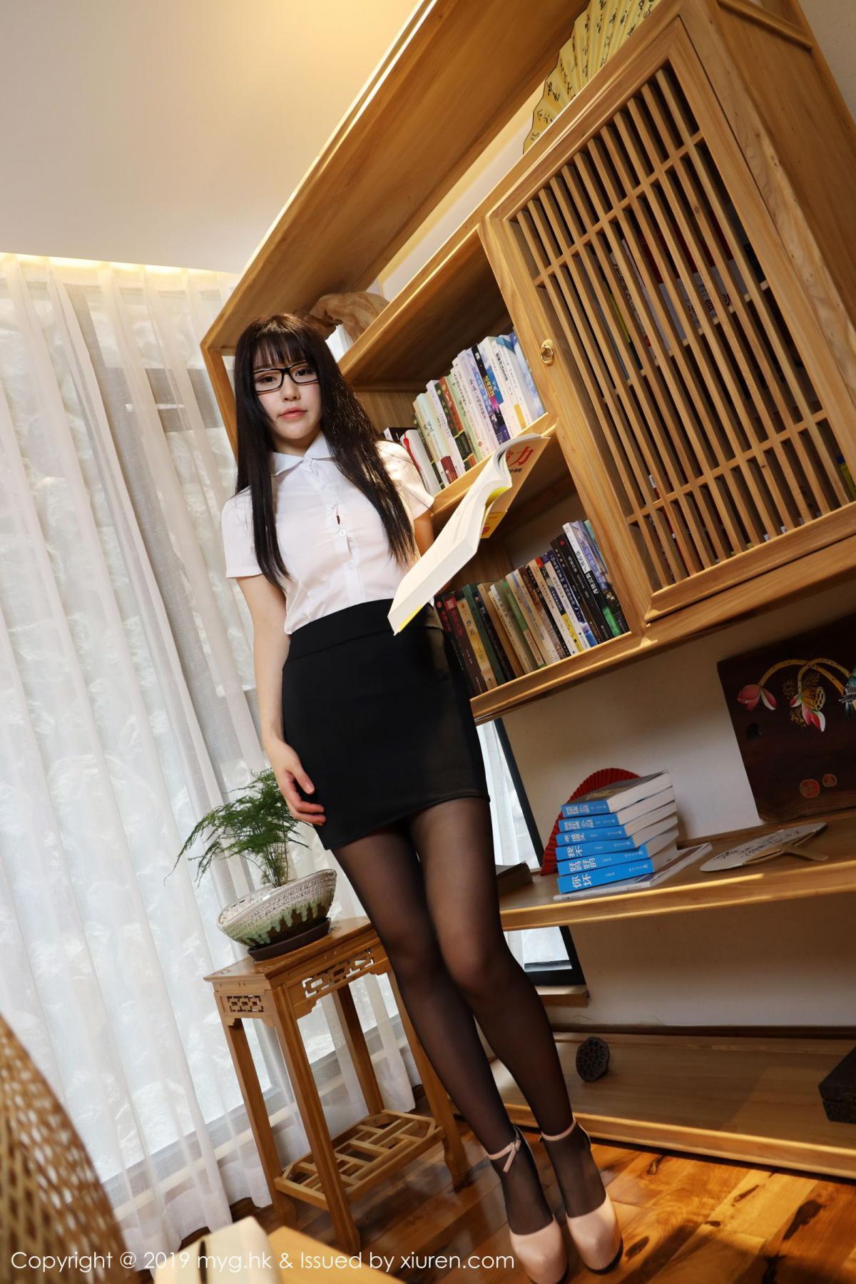 [MyGirl] Vol.368 Zhu Ke Er 73P, Black Silk, mygirl, Tall, Uniform, Zhu Ke Er