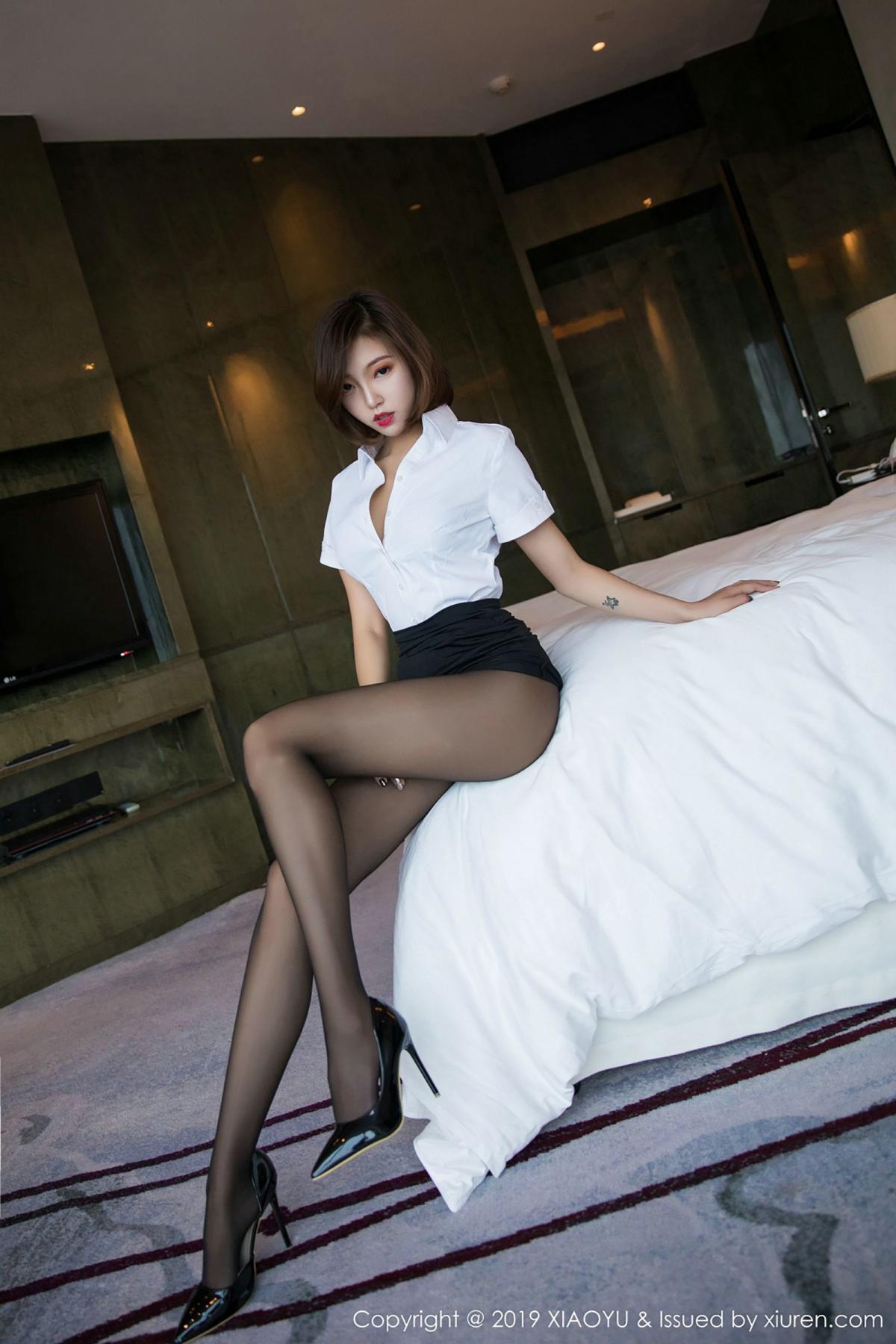 [XiaoYu] Vol.009 Feng Mu Mu 17P, Black Silk, Feng Mu Mu, Tall, Uniform, XiaoYu