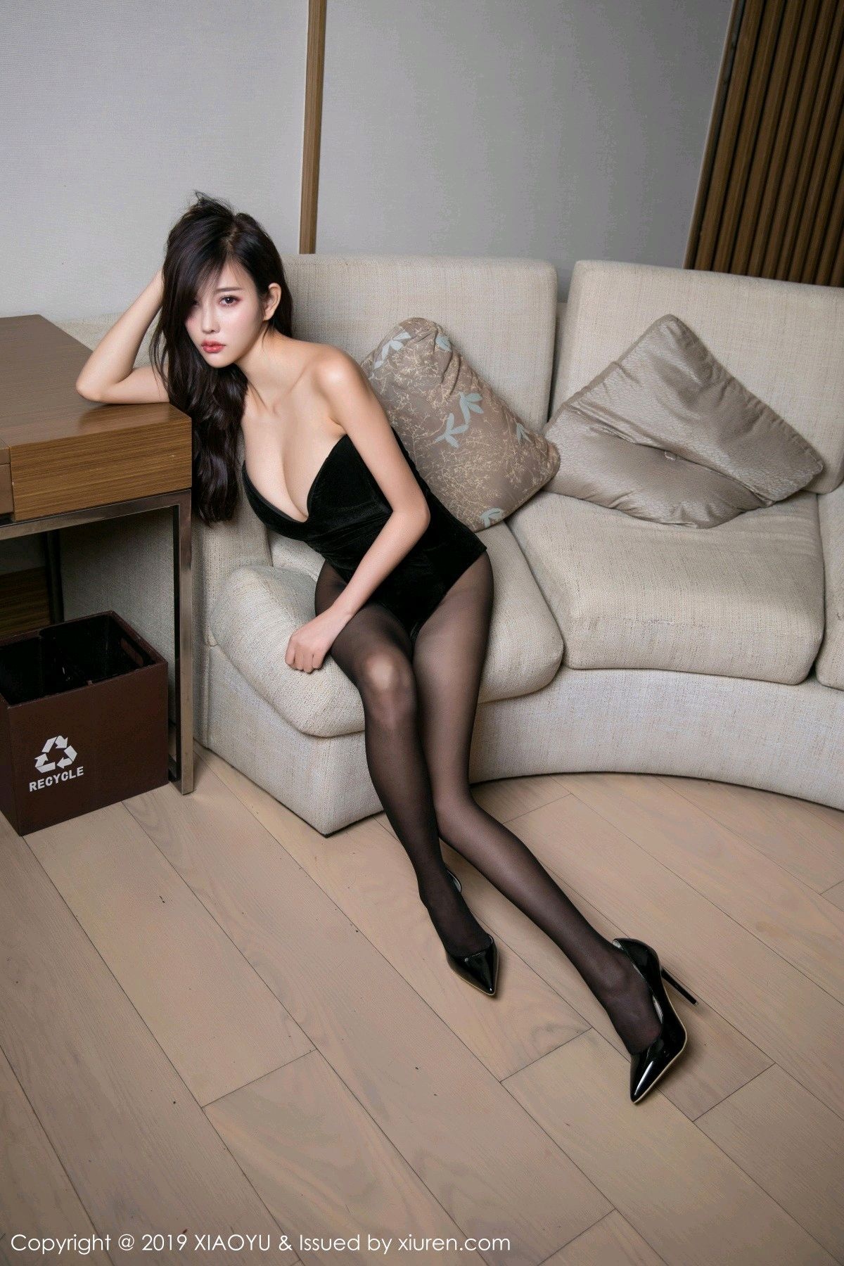 [XiaoYu] Vol.012 Yang Chen Chen 1P, Black Silk, Tall, XiaoYu, Yang Chen Chen
