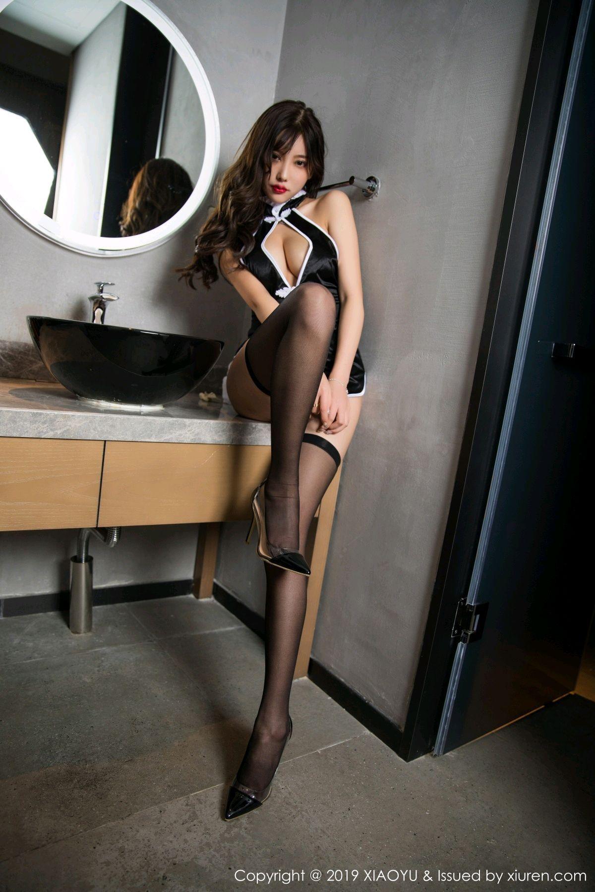 [XiaoYu] Vol.040 Yang Chen Chen 66P, Big Booty, Black Silk, Cheongsam, Tall, XiaoYu, Yang Chen Chen