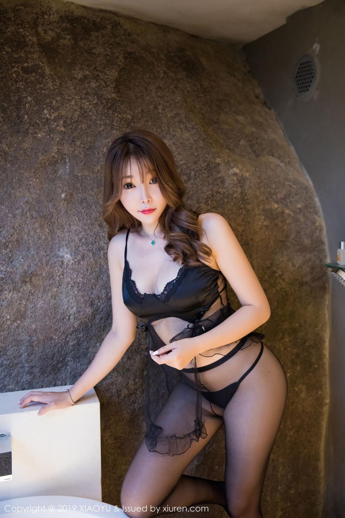 [XiaoYu] Vol.049 Zhi Zhi Booty 23P, Black Silk, Chen Zhi, Tall, XiaoYu