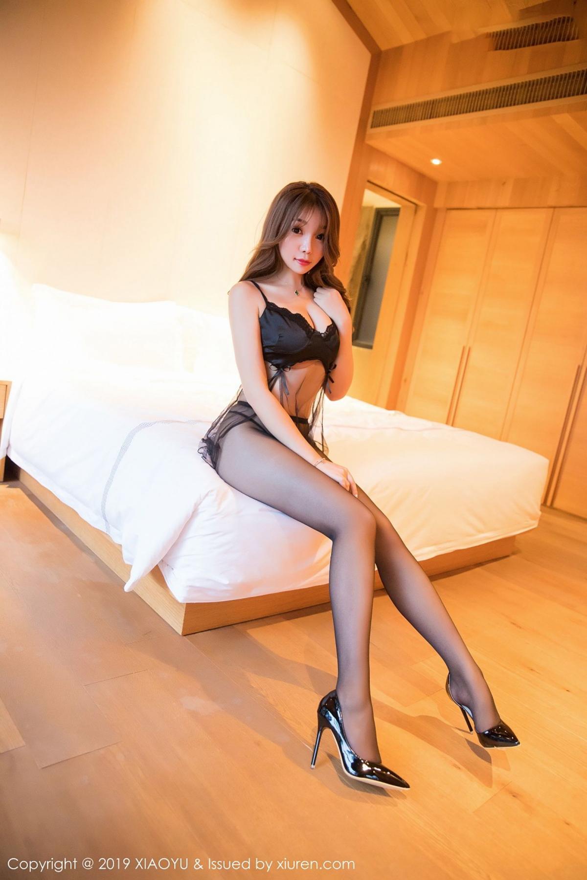 [XiaoYu] Vol.049 Zhi Zhi Booty 5P, Black Silk, Chen Zhi, Tall, XiaoYu