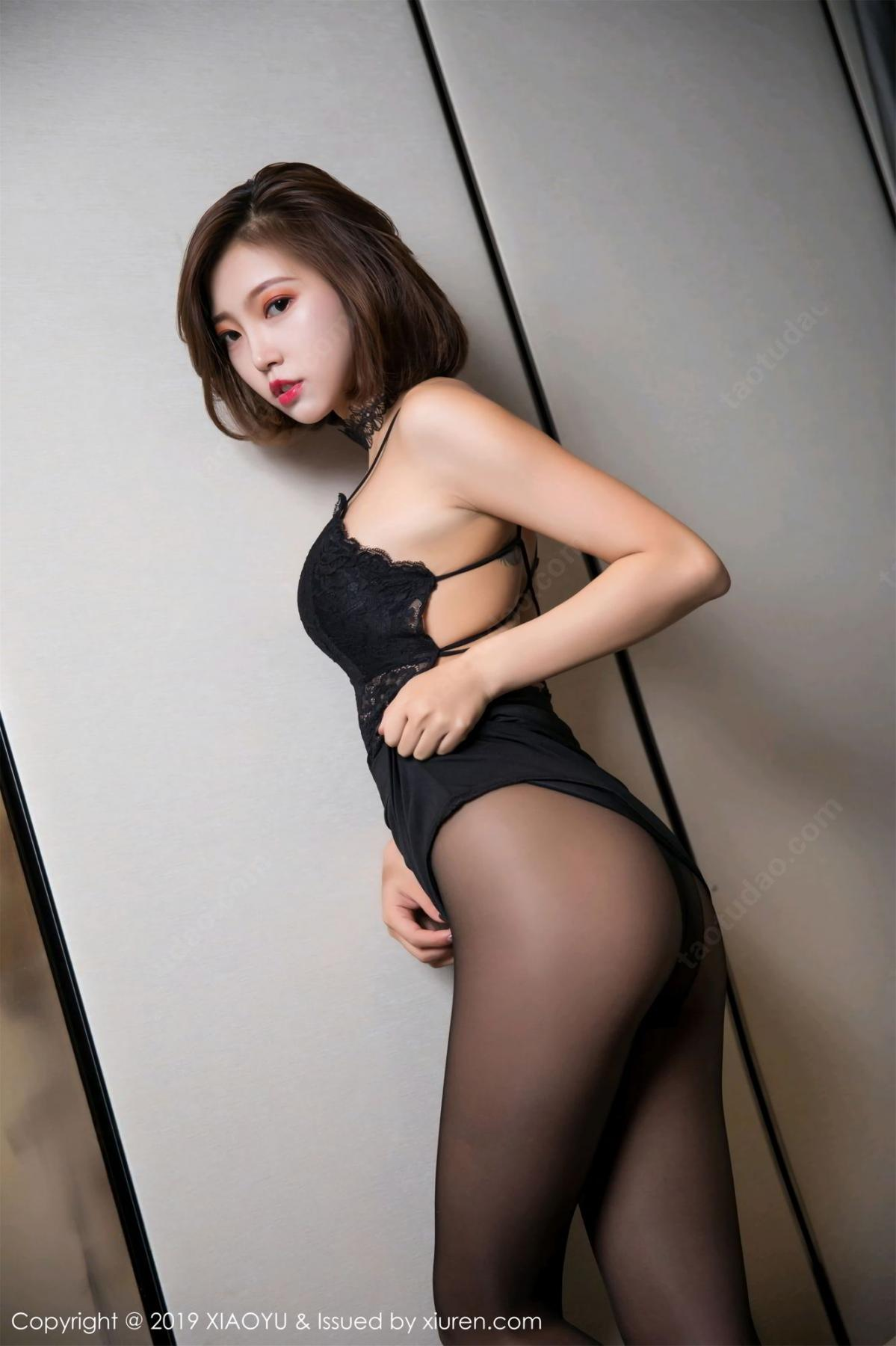 [XiaoYu] Vol.065 Lris 15P, Black Silk, Cool, Feng Mu Mu, Tall, XiaoYu