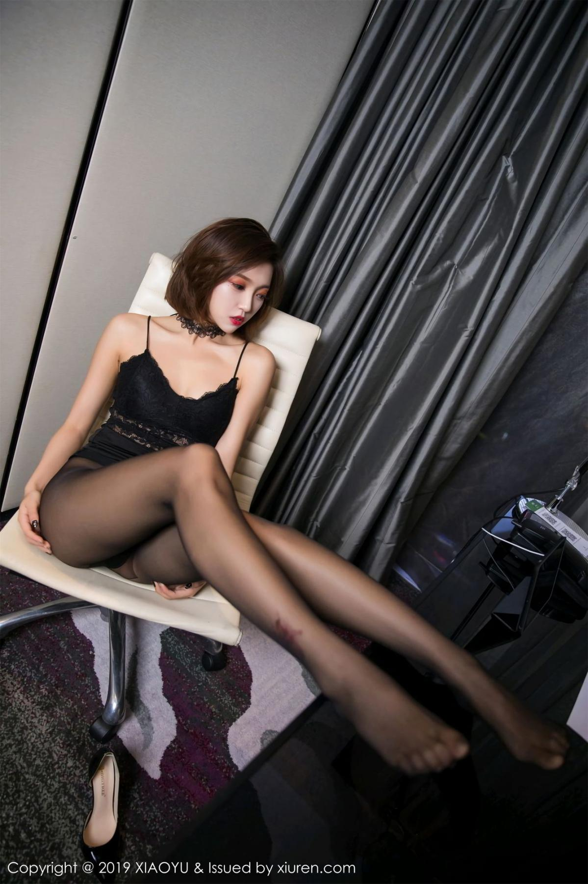 [XiaoYu] Vol.065 Lris 43P, Black Silk, Cool, Feng Mu Mu, Tall, XiaoYu
