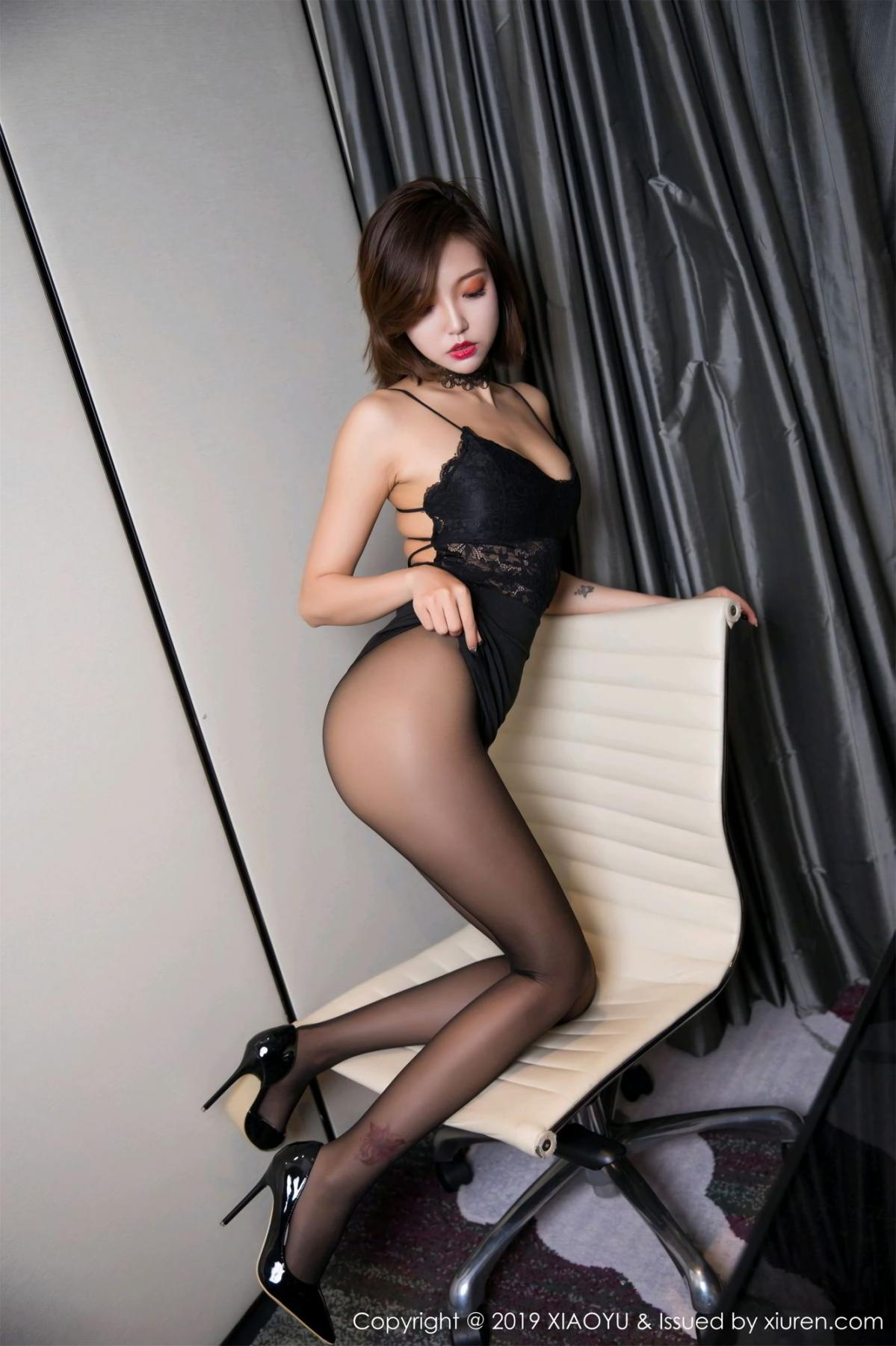 [XiaoYu] Vol.065 Lris 7P, Black Silk, Cool, Feng Mu Mu, Tall, XiaoYu
