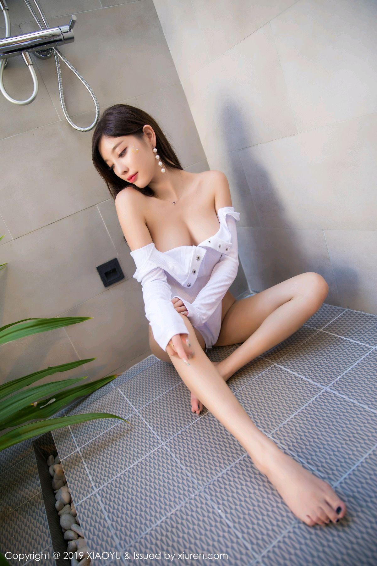 [XiaoYu] Vol.081 Yang Chen Chen 32P, Swim Pool, Wet, XiaoYu, Yang Chen Chen