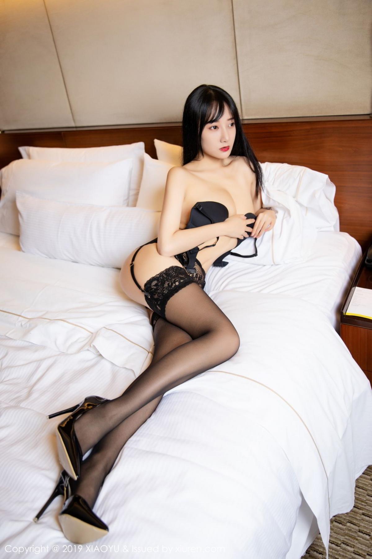 [XiaoYu] Vol.085 He Jia Ying 32P, Black Silk, He Jia Ying, Tall, Underwear, XiaoYu