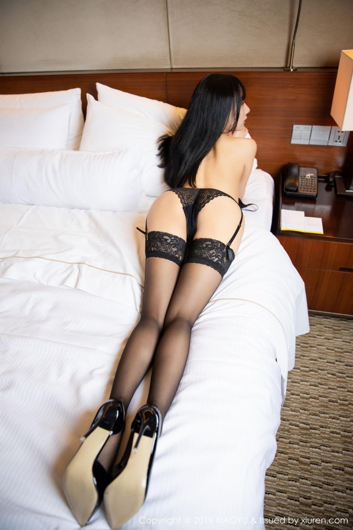 [XiaoYu] Vol.085 He Jia Ying 36P, Black Silk, He Jia Ying, Tall, Underwear, XiaoYu