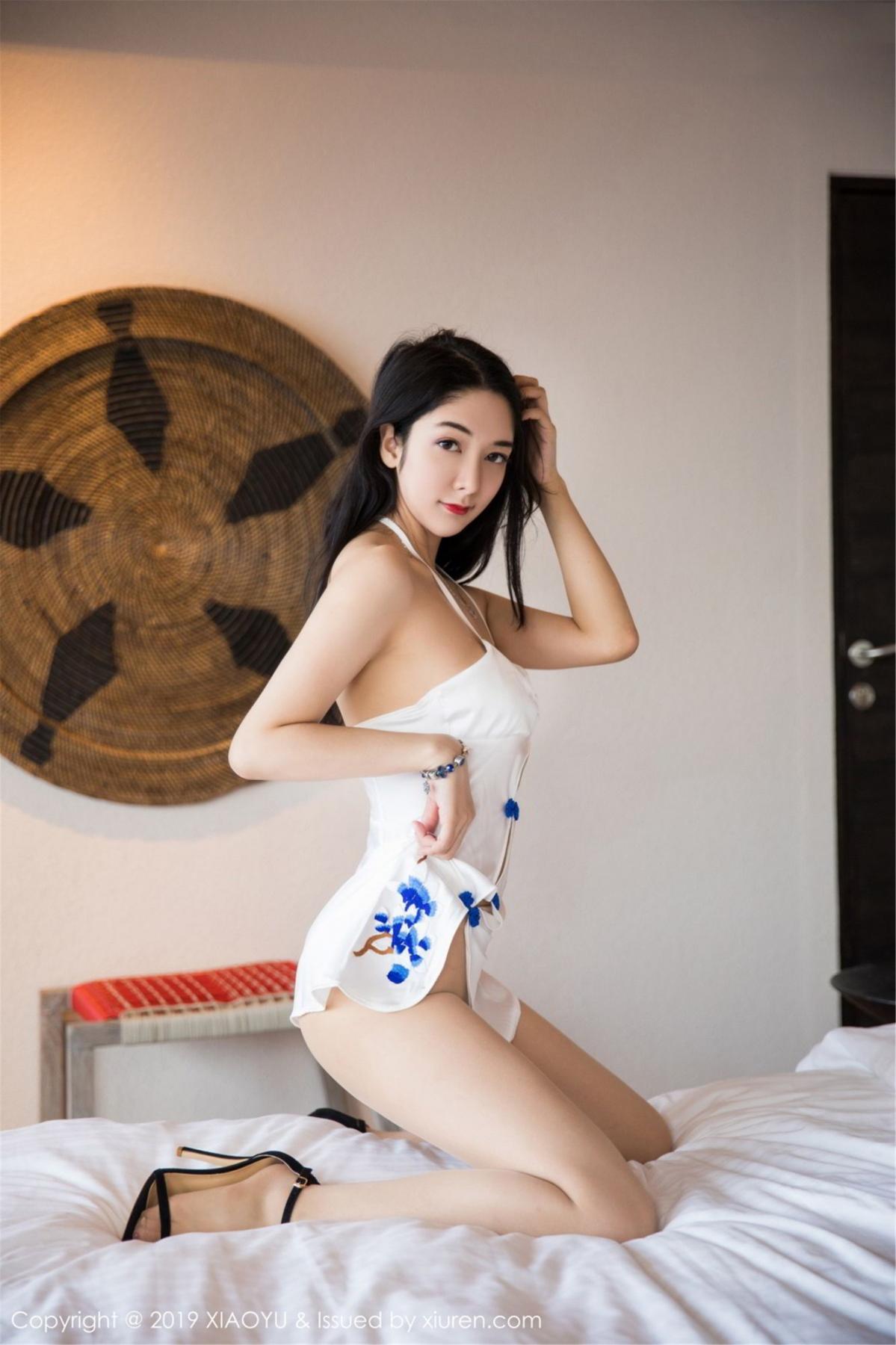 [XiaoYu] Vol.088 Di Yi 21P, Big Booty, Black Silk, Cheongsam, Di Yi, Tall, XiaoYu
