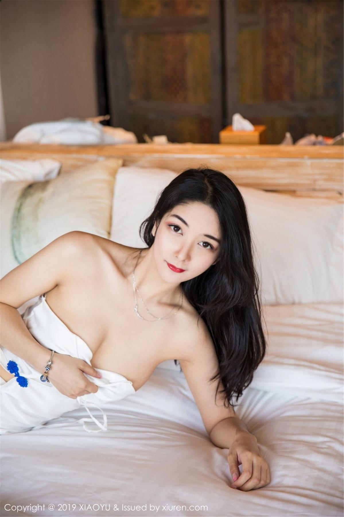 [XiaoYu] Vol.088 Di Yi 28P, Big Booty, Black Silk, Cheongsam, Di Yi, Tall, XiaoYu