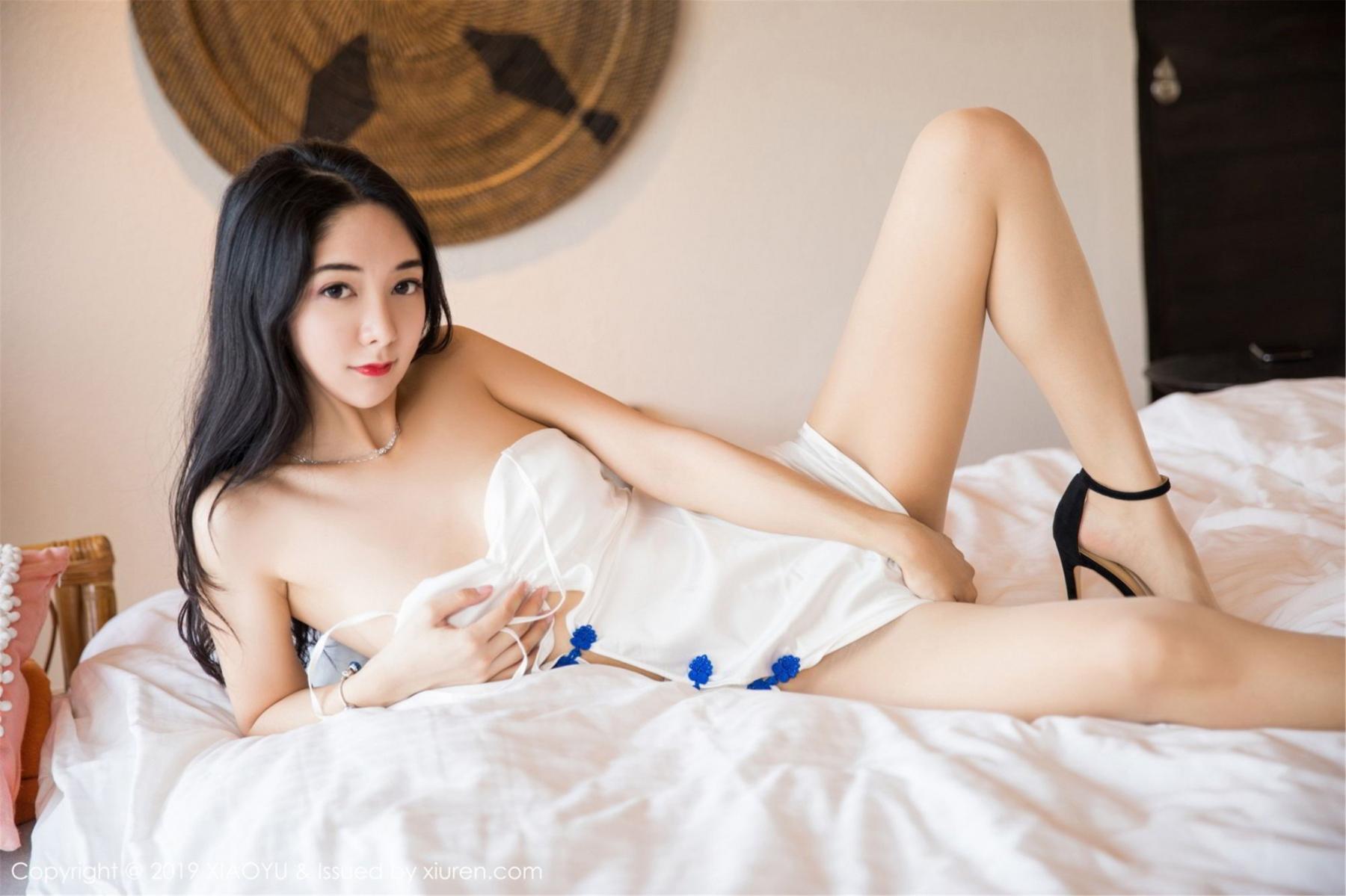 [XiaoYu] Vol.088 Di Yi 35P, Big Booty, Black Silk, Cheongsam, Di Yi, Tall, XiaoYu