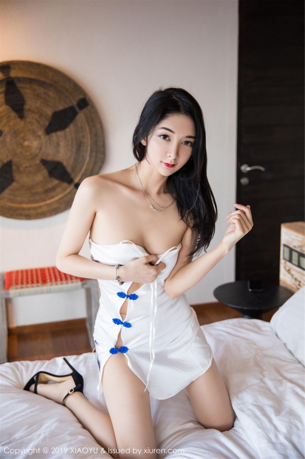 [XiaoYu] Vol.088 Di Yi 3P, Big Booty, Black Silk, Cheongsam, Di Yi, Tall, XiaoYu