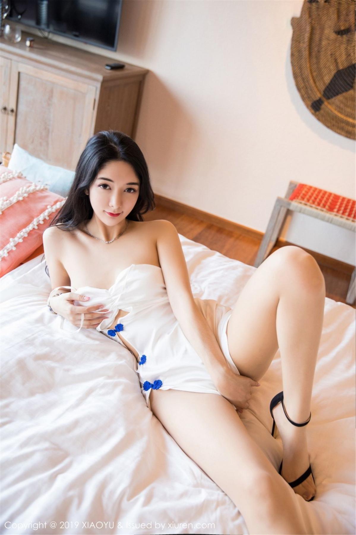 [XiaoYu] Vol.088 Di Yi 5P, Big Booty, Black Silk, Cheongsam, Di Yi, Tall, XiaoYu