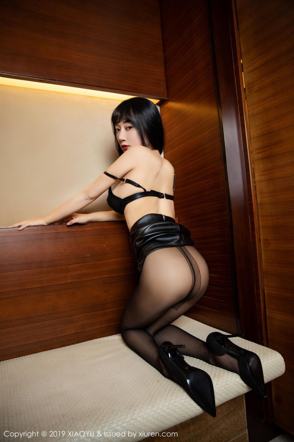 [XiaoYu] Vol.092 He Jia Ying 32P, Black Silk, He Jia Ying, Tall, Underwear, XiaoYu
