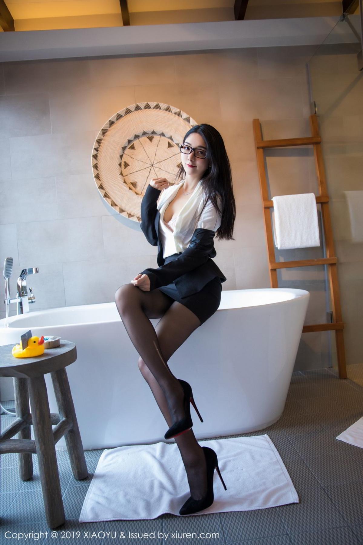 [XiaoYu] Vol.098 Di Yi 18P, Black Silk, Di Yi, Uniform, XiaoYu