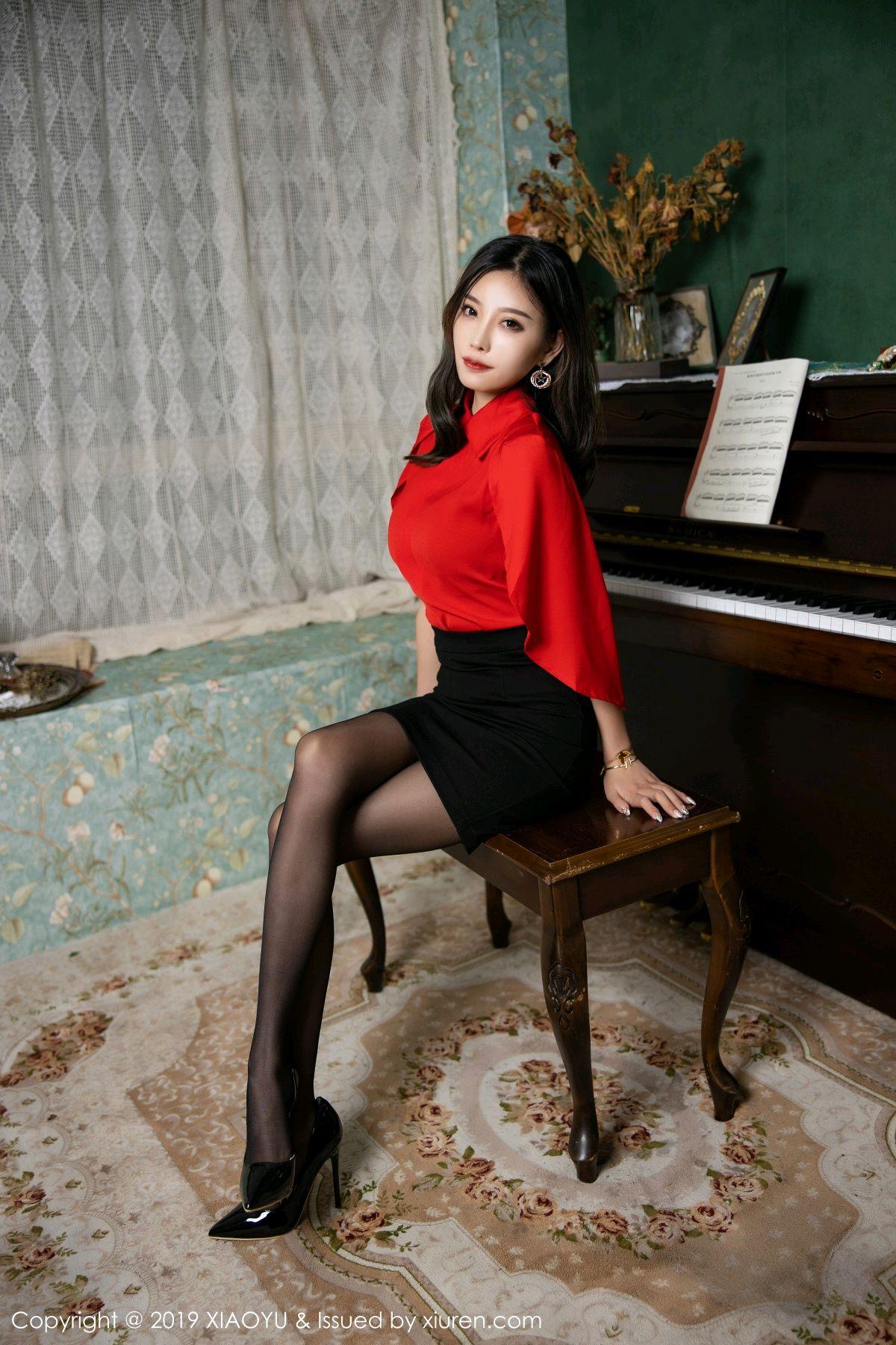 [XiaoYu] Vol.119 Yang Chen Chen 18P, Black Silk, Tall, Temperament, XiaoYu, Yang Chen Chen