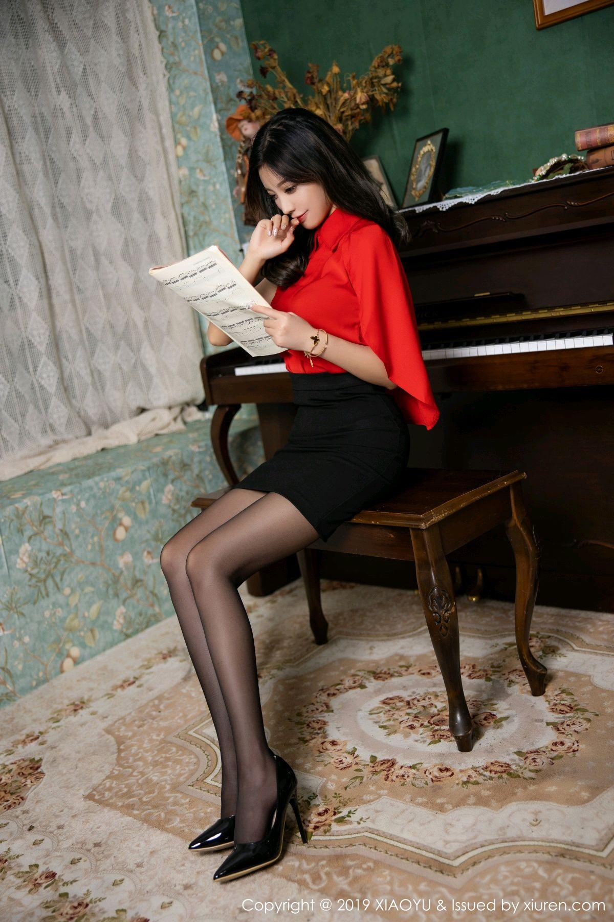 [XiaoYu] Vol.119 Yang Chen Chen 19P, Black Silk, Tall, Temperament, XiaoYu, Yang Chen Chen