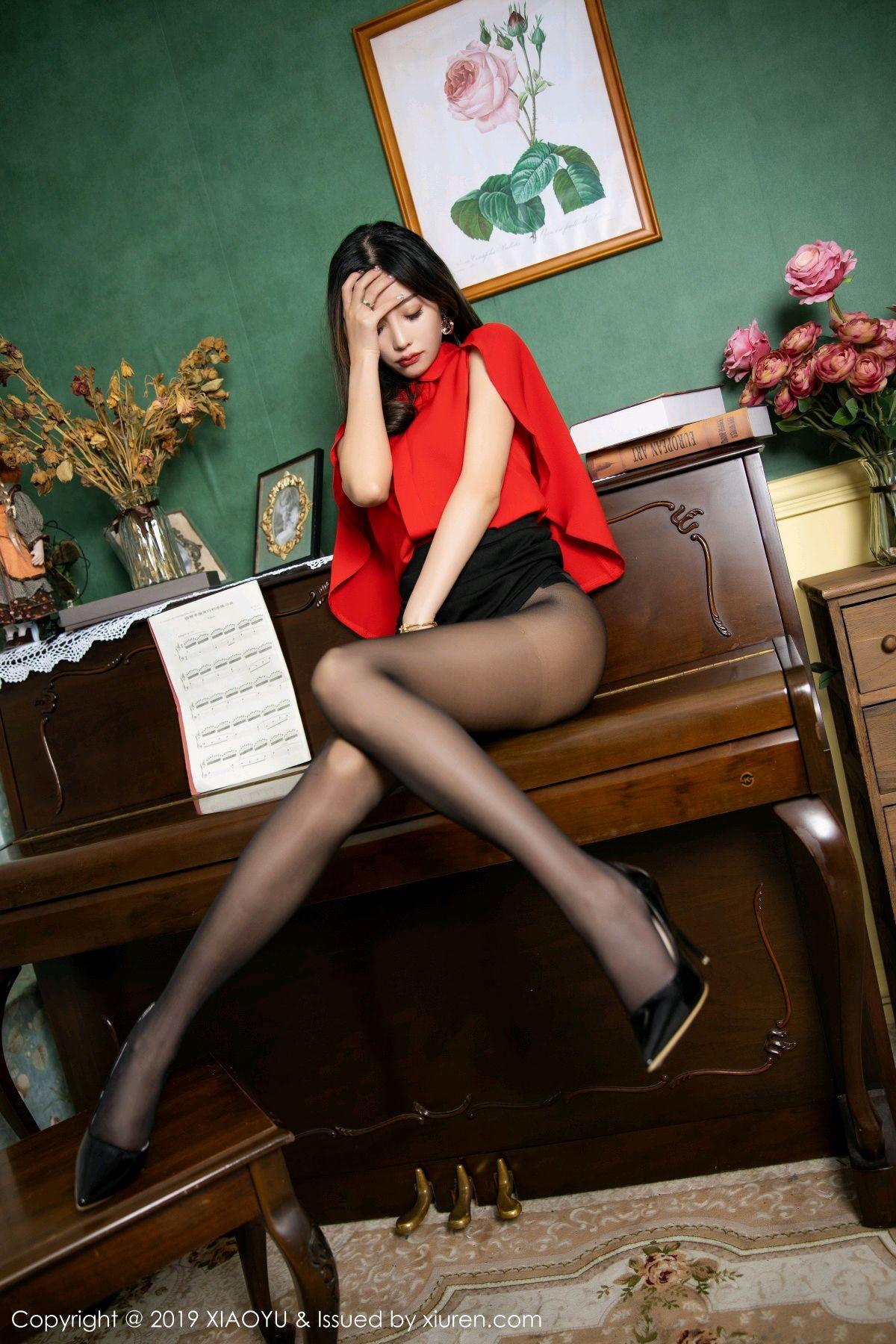 [XiaoYu] Vol.119 Yang Chen Chen 35P, Black Silk, Tall, Temperament, XiaoYu, Yang Chen Chen