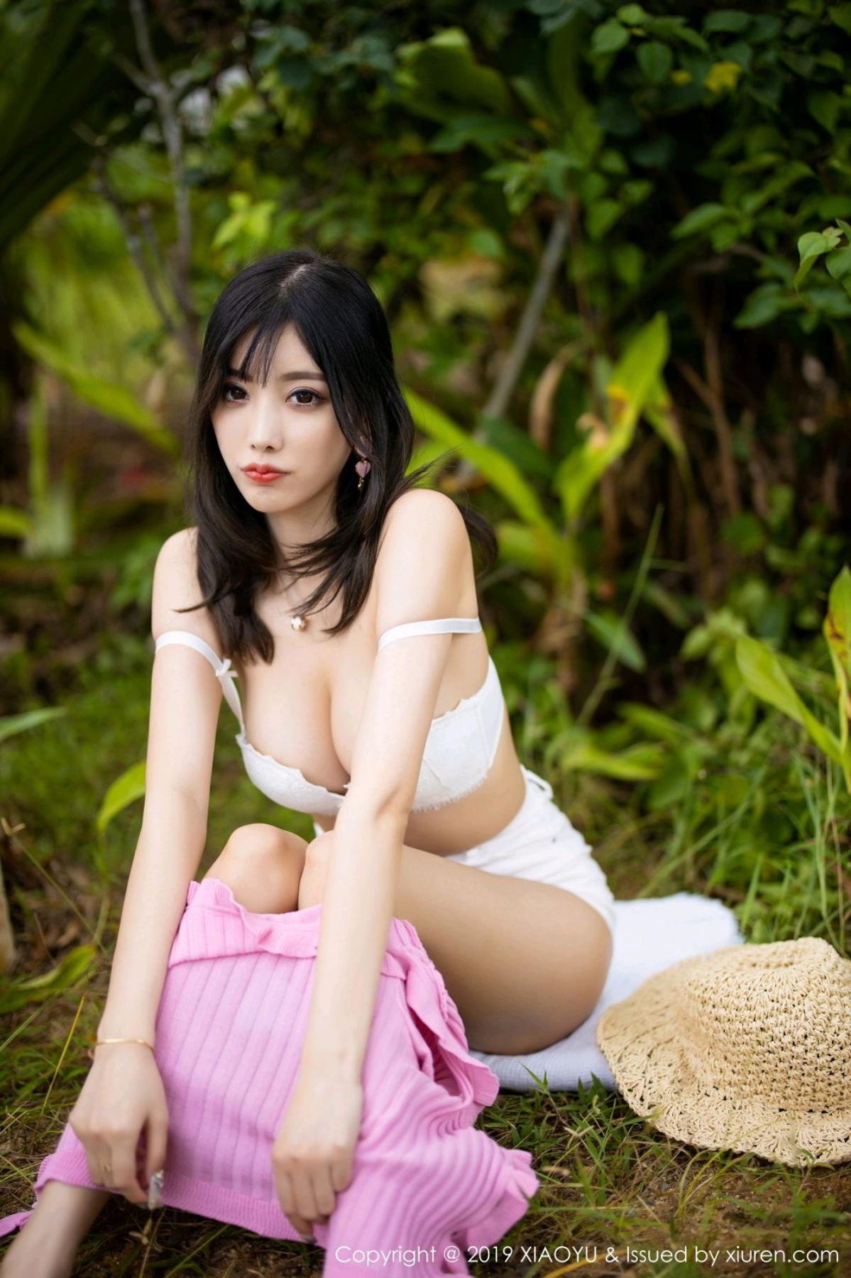 [XiaoYu] Vol.169 Yang Chen Chen 32P, Outdoor, Underwear, XiaoYu, Yang Chen Chen
