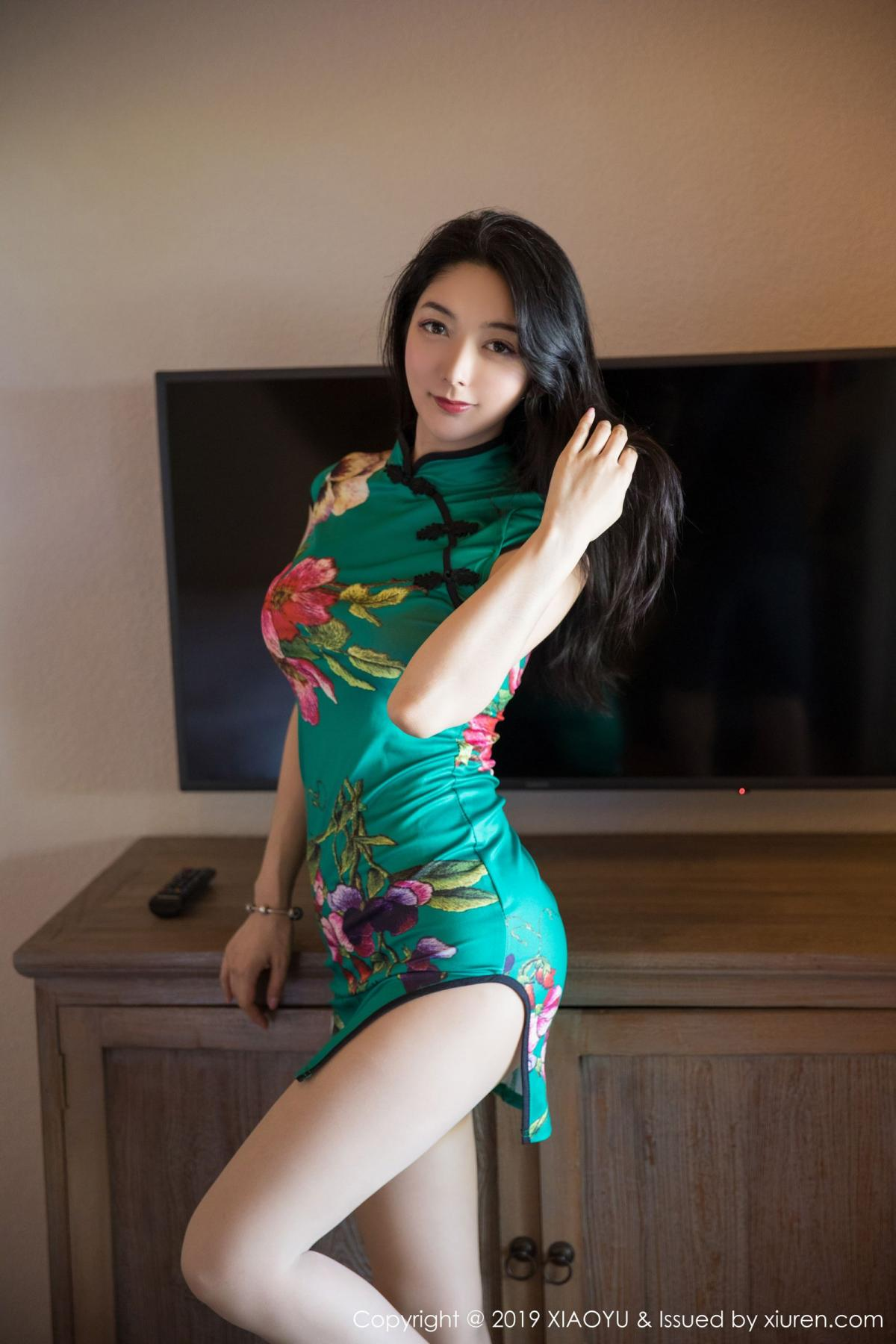 [XiaoYu] Vol.193 Xiao Re Ba 9P, Cheongsam, Di Yi, XiaoYu