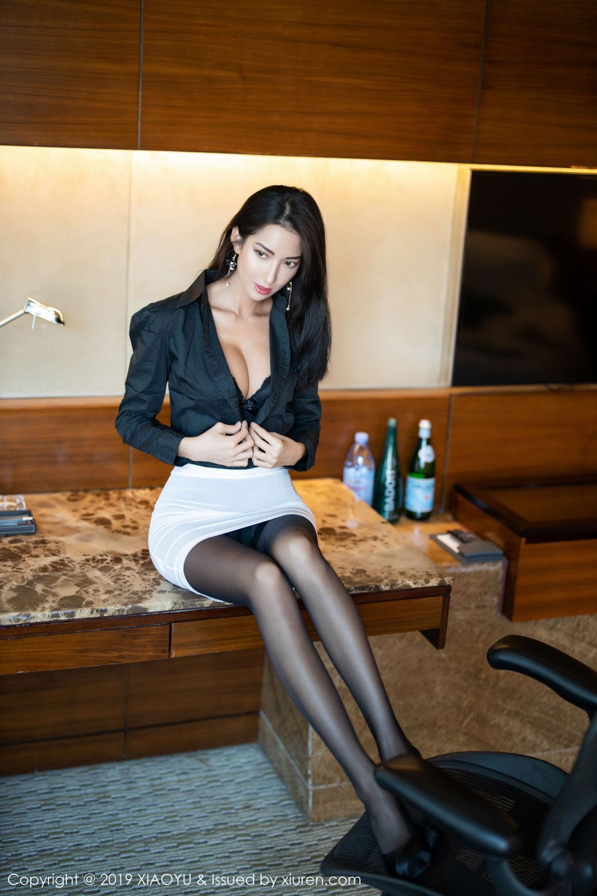 [XiaoYu] Vol.202 Chen Liang Ling 15P, Black Silk, Chen Liang Ling, Tall, Temperament, Underwear, XiaoYu