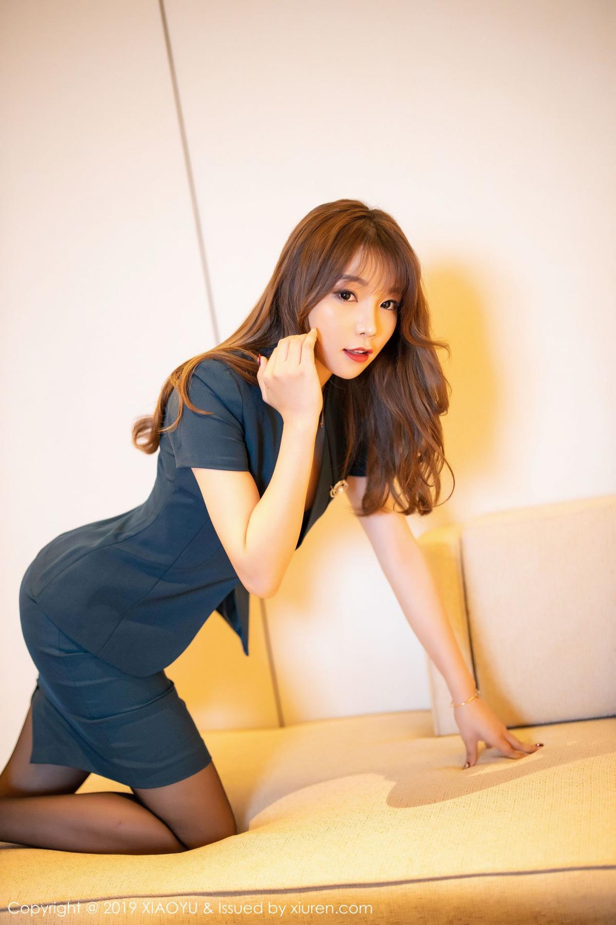 [XiaoYu] Vol.215 Zhi Zhi Booty 7P, Black Silk, Chen Zhi, Tall, XiaoYu