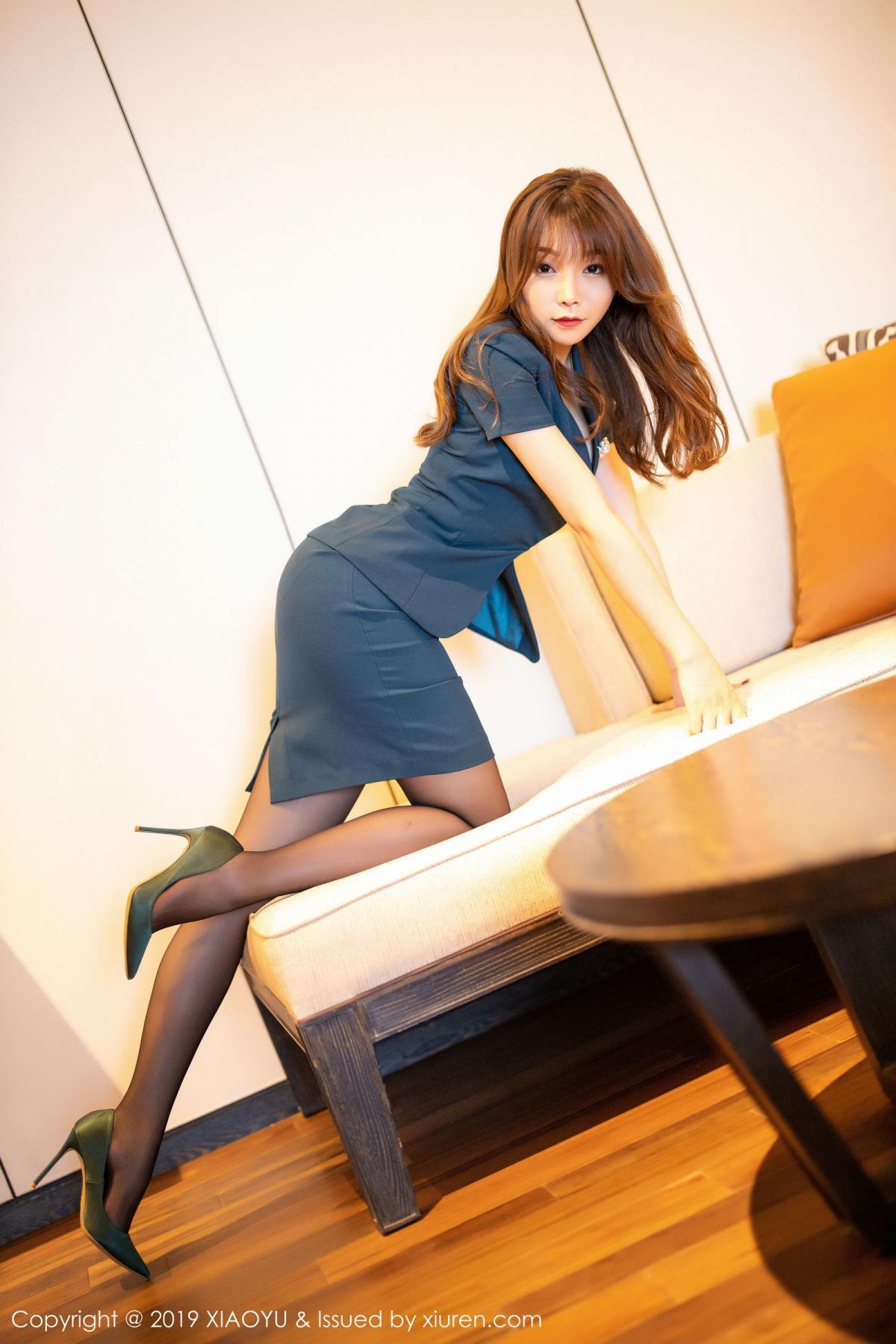 [XiaoYu] Vol.215 Zhi Zhi Booty 8P, Black Silk, Chen Zhi, Tall, XiaoYu