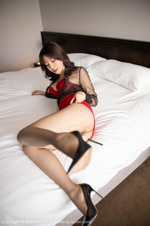 [XiaoYu] Vol.245 Chen Zhi 2P, Big Booty, Black Silk, Chen Zhi, XiaoYu