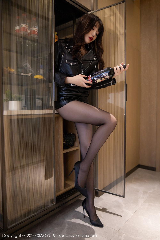 [XiaoYu] Vol.301 Zhi Zhi Booty 10P, Big Booty, Black Silk, Chen Zhi, XiaoYu