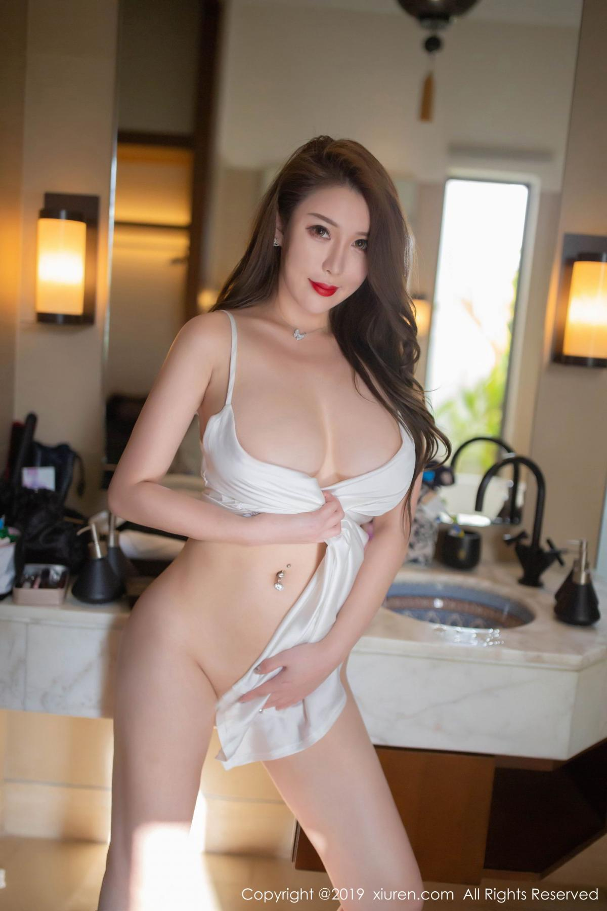 [XiuRen] Vol.1510 Egg Younisi 20P, Bathroom, Big Booty, Egg Younisi, Wet, Xiuren