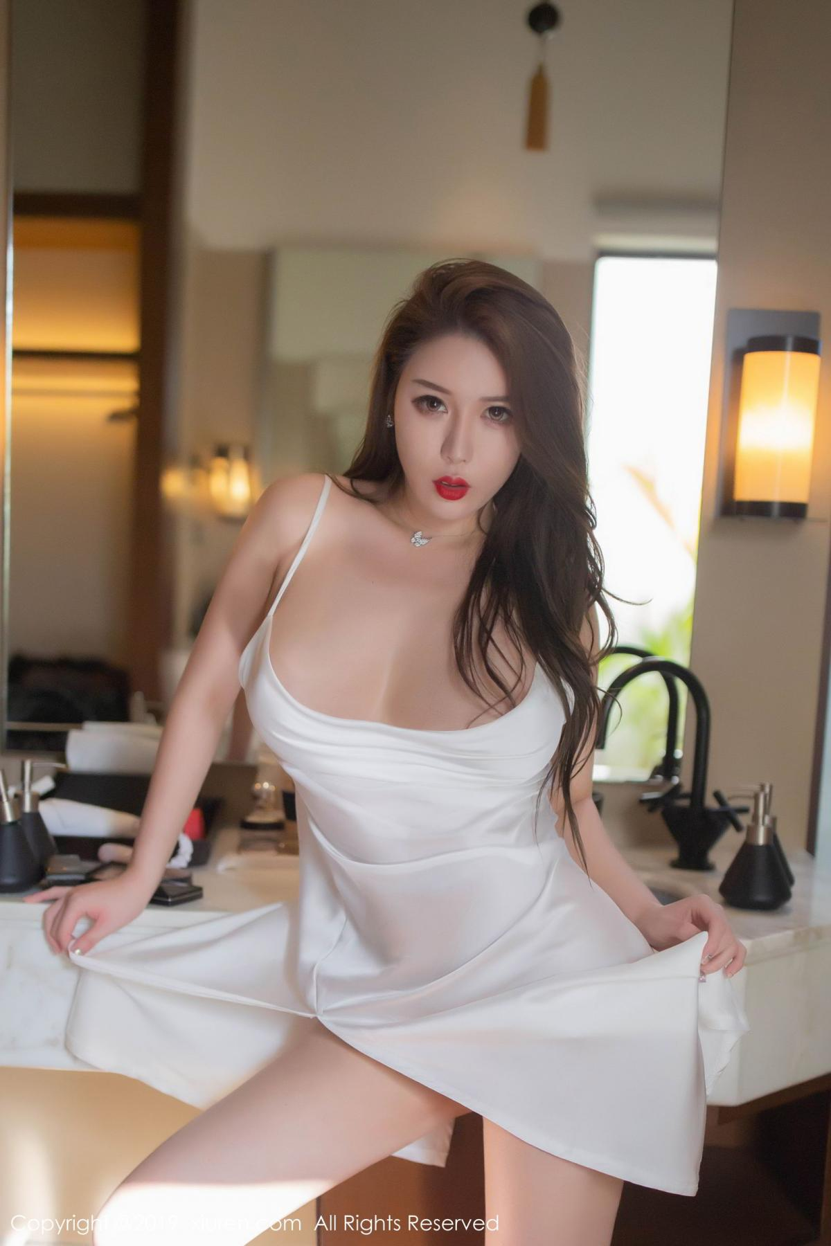 [XiuRen] Vol.1510 Egg Younisi 23P, Bathroom, Big Booty, Egg Younisi, Wet, Xiuren