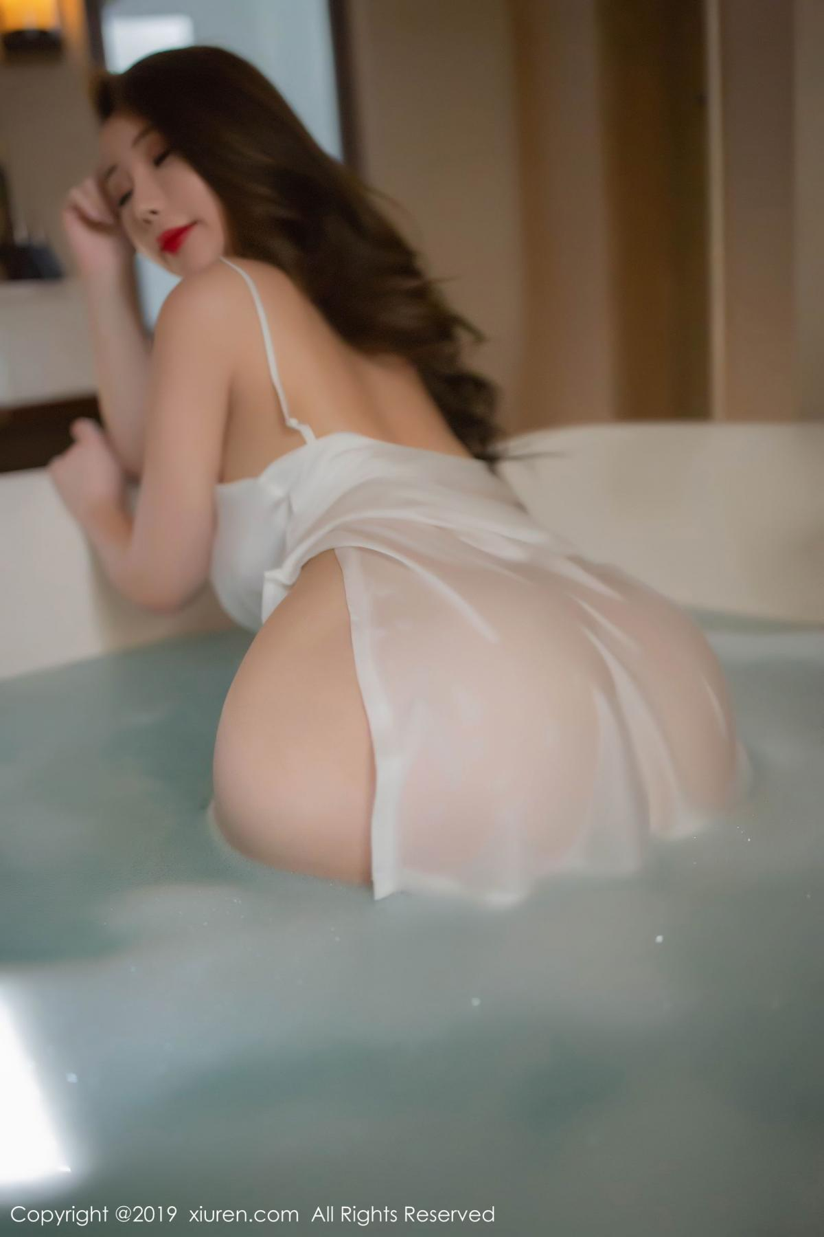 [XiuRen] Vol.1510 Egg Younisi 40P, Bathroom, Big Booty, Egg Younisi, Wet, Xiuren