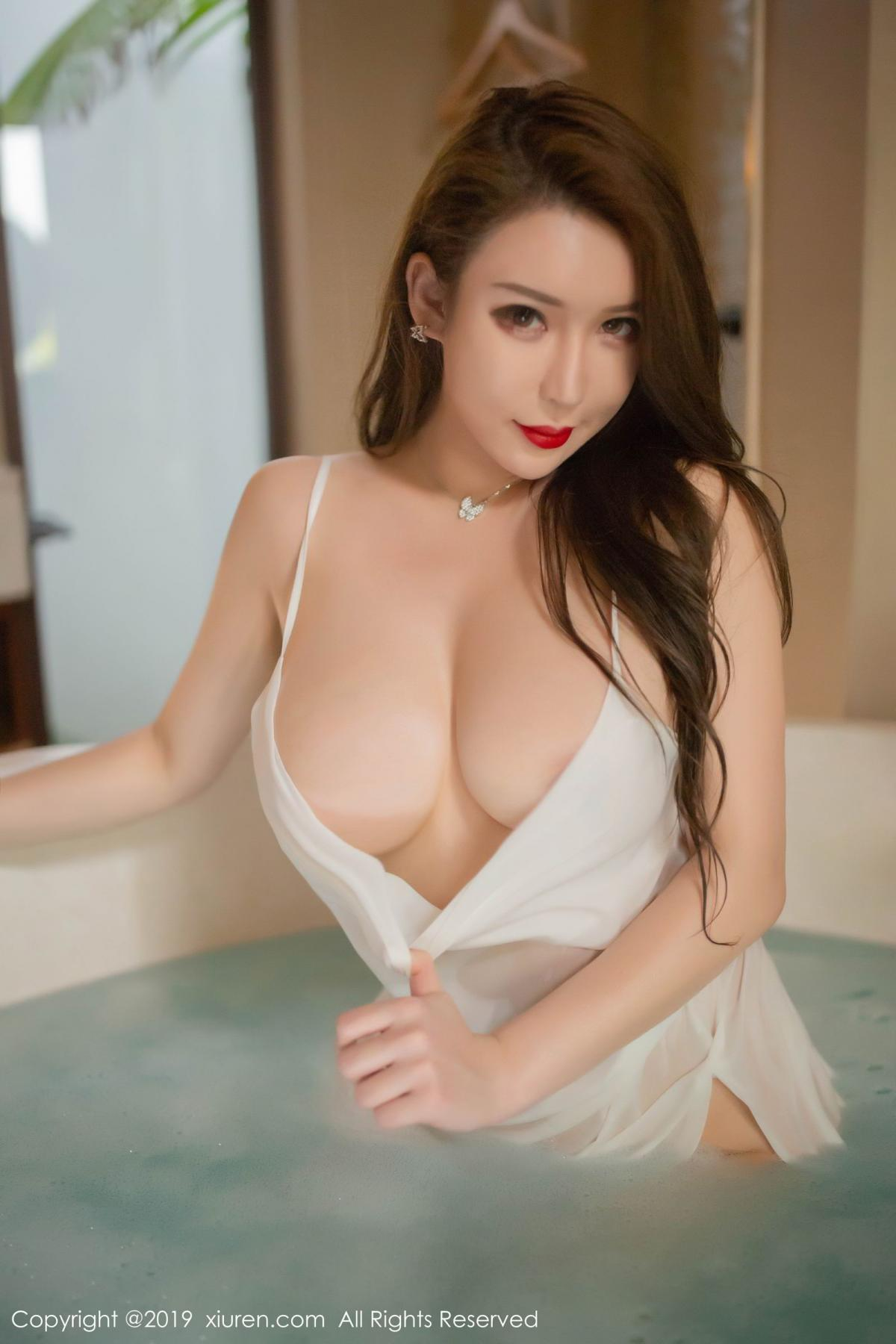[XiuRen] Vol.1510 Egg Younisi 43P, Bathroom, Big Booty, Egg Younisi, Wet, Xiuren