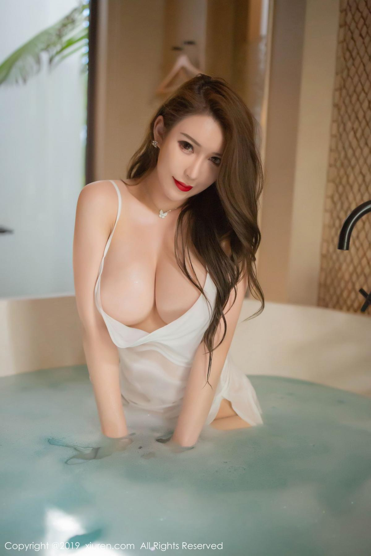 [XiuRen] Vol.1510 Egg Younisi 6P, Bathroom, Big Booty, Egg Younisi, Wet, Xiuren