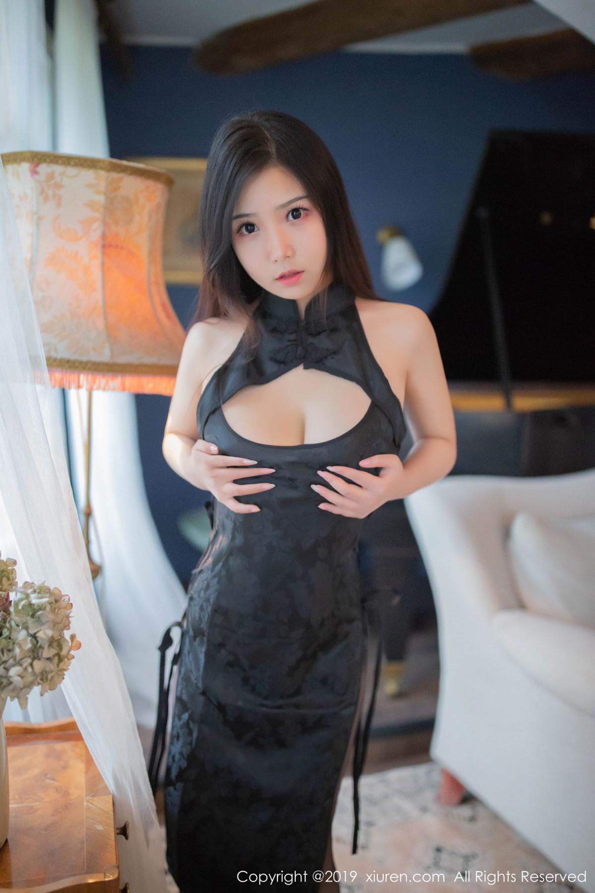 [XiuRen] Vol.1518 Xu Wei Wei 10P, Black Silk, Cheongsam, Pure, Xiuren, Xu Wei Wei