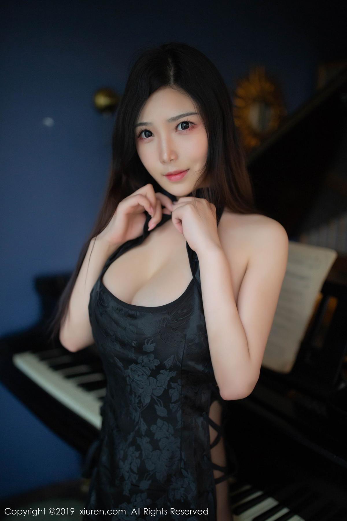 [XiuRen] Vol.1518 Xu Wei Wei 26P, Black Silk, Cheongsam, Pure, Xiuren, Xu Wei Wei