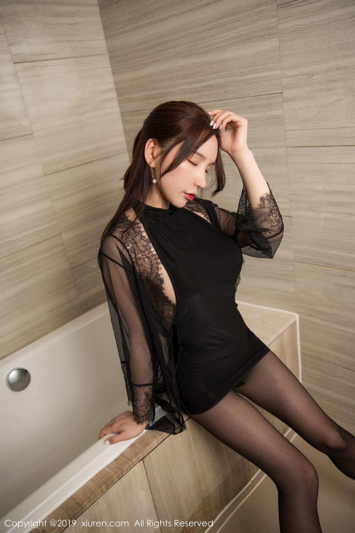 [XiuRen] Vol.1556 Zhou Yu Xi 10P, Bathroom, Black Silk, Tall, Underwear, Xiuren, Zhou Yu Xi