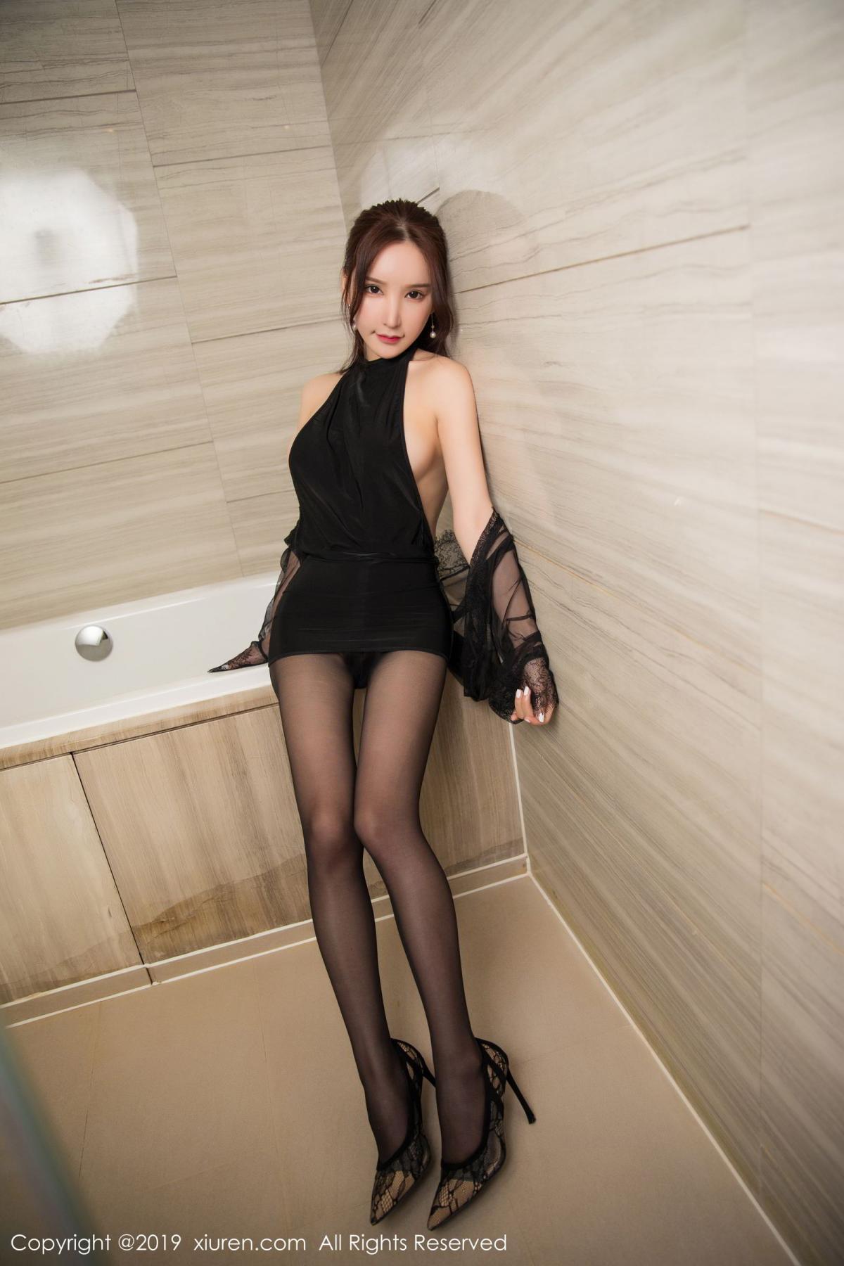 [XiuRen] Vol.1556 Zhou Yu Xi 17P, Bathroom, Black Silk, Tall, Underwear, Xiuren, Zhou Yu Xi