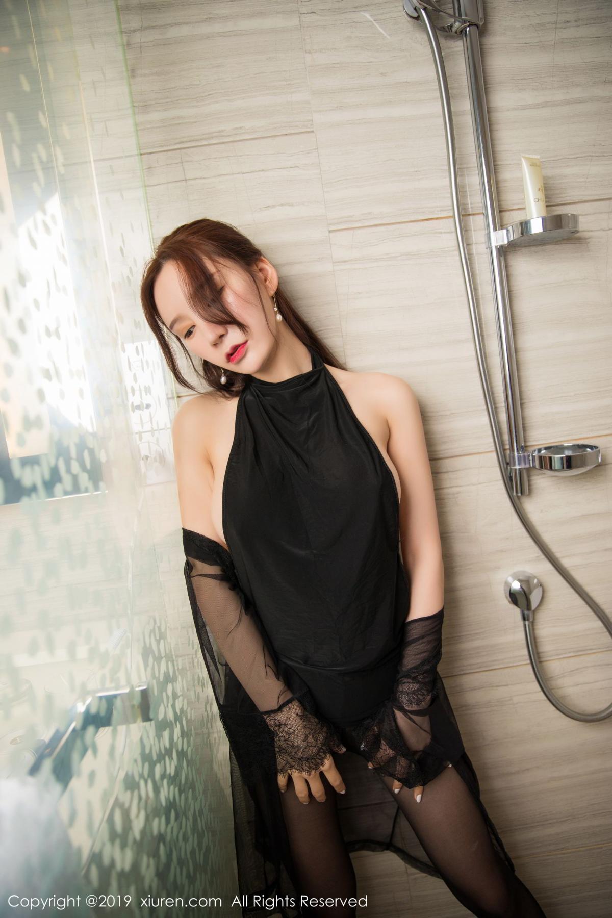 [XiuRen] Vol.1556 Zhou Yu Xi 26P, Bathroom, Black Silk, Tall, Underwear, Xiuren, Zhou Yu Xi