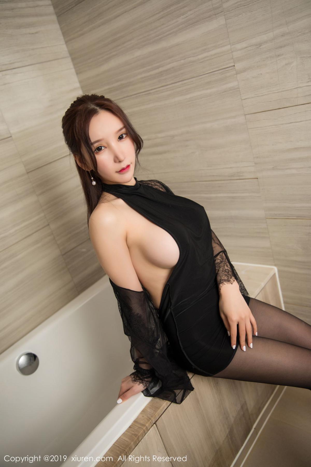 [XiuRen] Vol.1556 Zhou Yu Xi 2P, Bathroom, Black Silk, Tall, Underwear, Xiuren, Zhou Yu Xi
