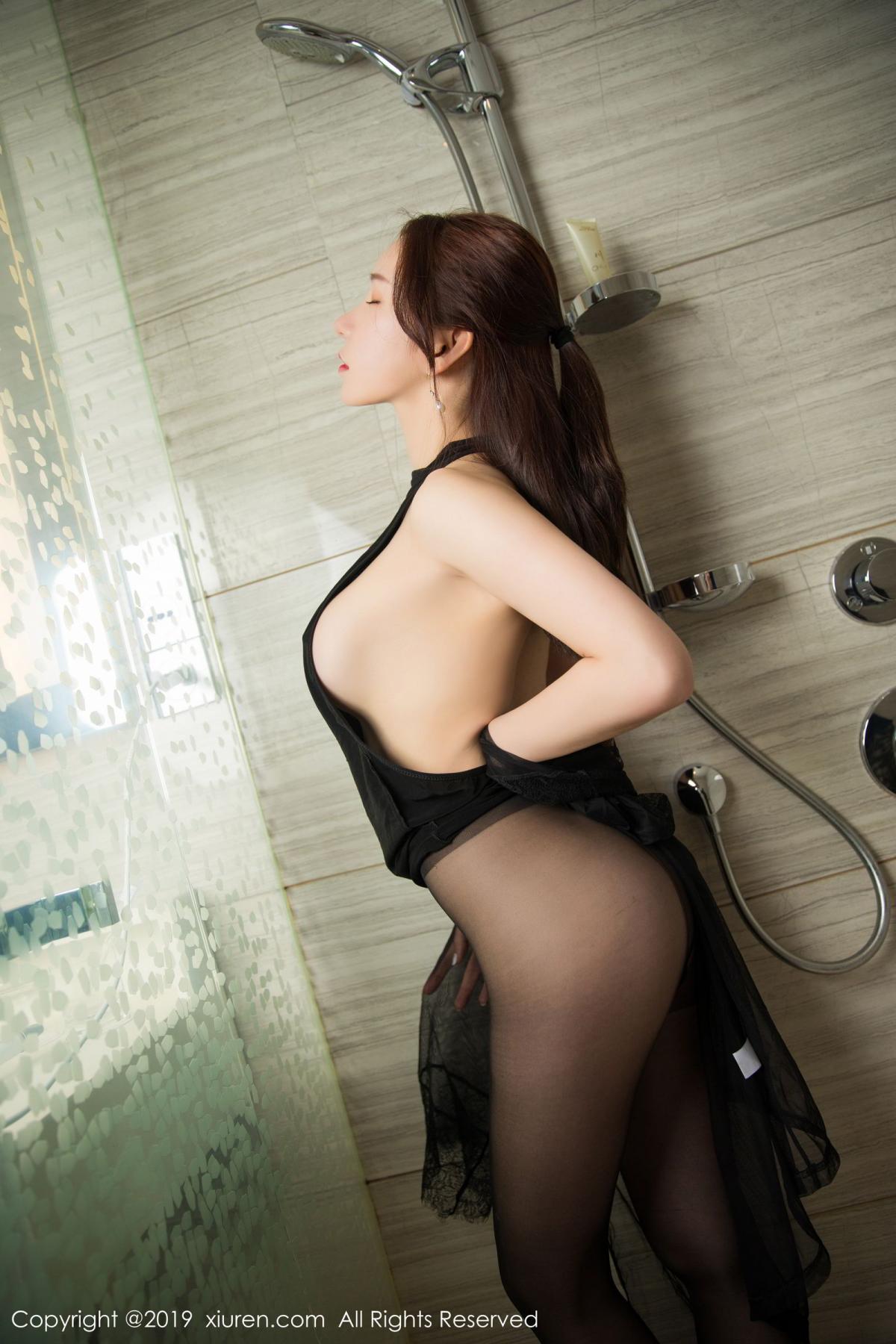 [XiuRen] Vol.1556 Zhou Yu Xi 35P, Bathroom, Black Silk, Tall, Underwear, Xiuren, Zhou Yu Xi