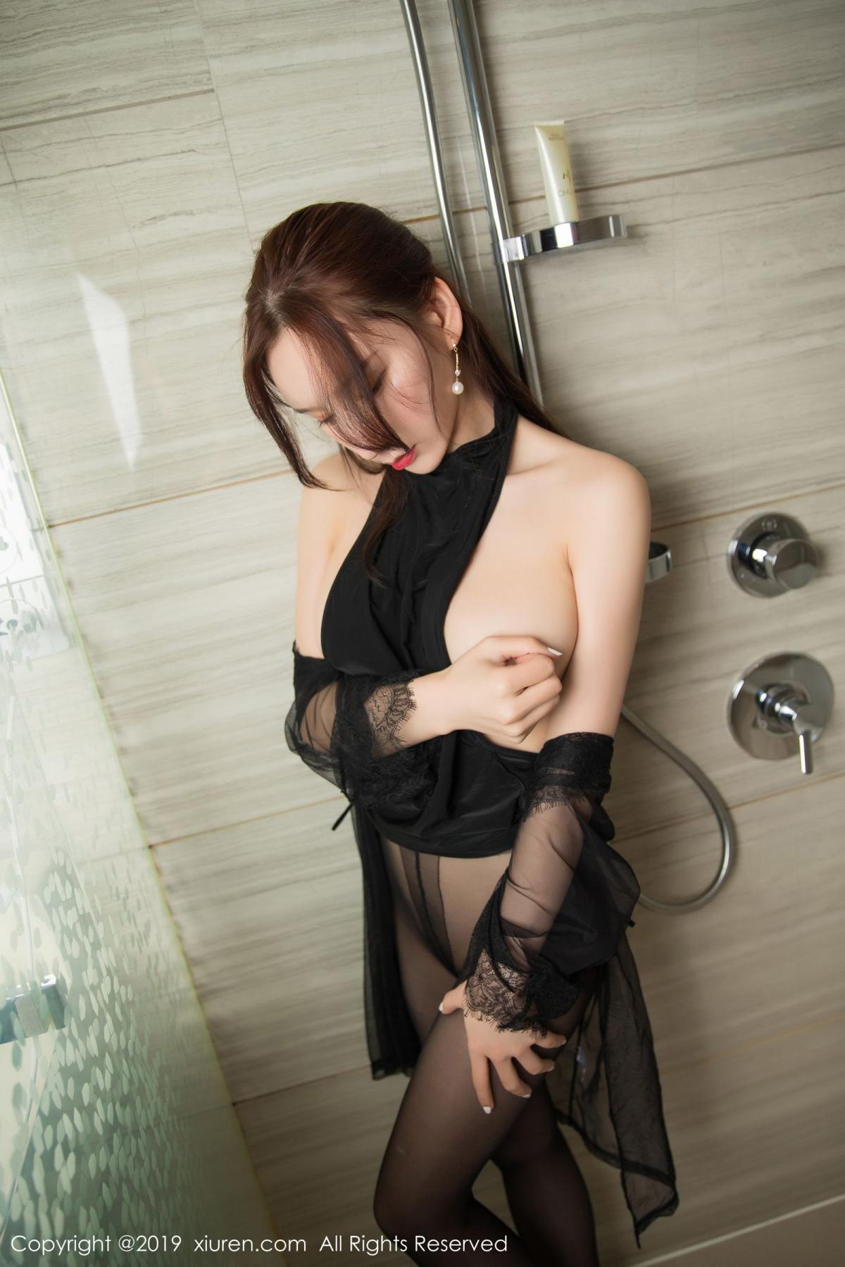 [XiuRen] Vol.1556 Zhou Yu Xi 38P, Bathroom, Black Silk, Tall, Underwear, Xiuren, Zhou Yu Xi