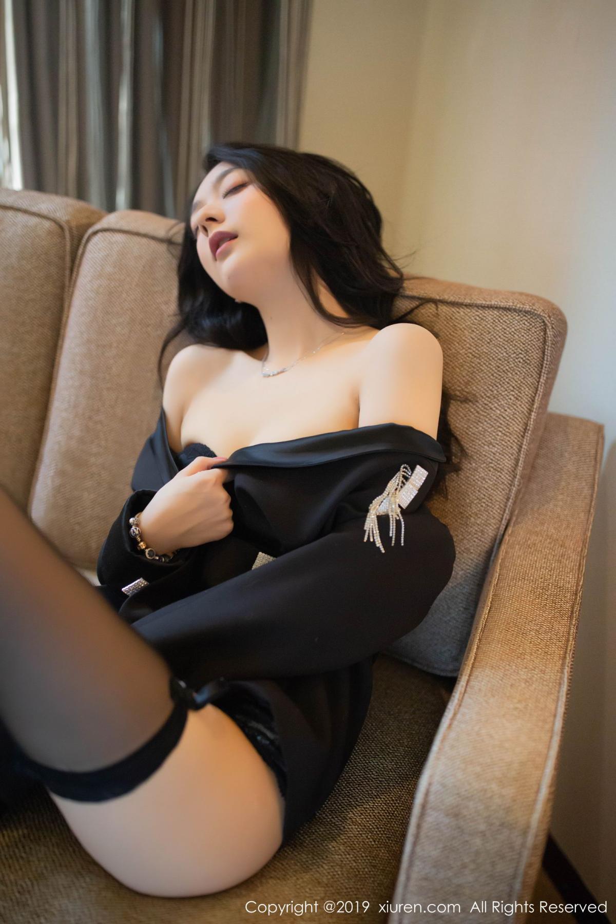 [XiuRen] Vol.1572 Di Yi 43P, Black Silk, Di Yi, Tall, Underwear, Xiuren