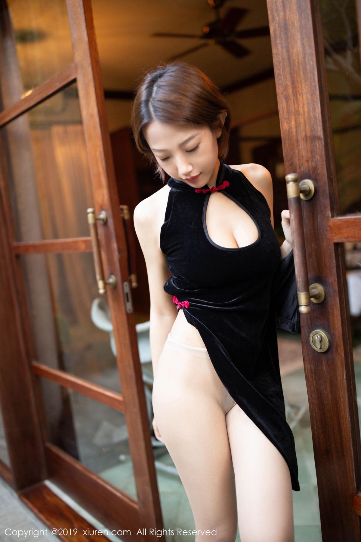 [XiuRen] Vol.1581 Li Zi Riz 34P, Black Silk, Cheongsam, Li Zi Riz, Tall, Xiuren
