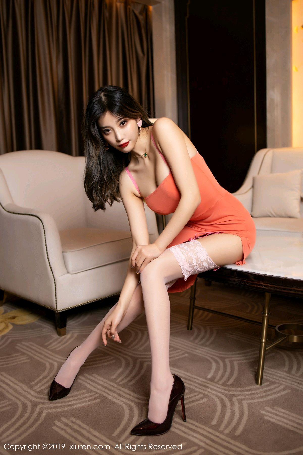 [XiuRen] Vol.1582 Yang Chen Chen 11P, Black Silk, Tall, Temperament, Xiuren, Yang Chen Chen